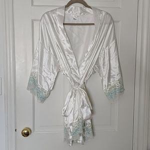 Bridal style wrap/ robe